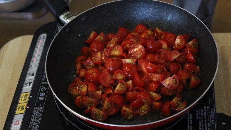【一時保育】トマトソースづくり